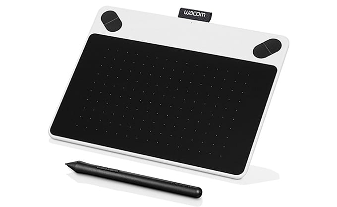 wacom tablet - Us foodies have a soft spot for kitchen gadgets and trinkets when it comes to holiday gifts, so if you've got a food lover or two on your gift giving list, I've got a few ideas for you.  Healthy food lovers, aspiring chefs, food bloggers...here are 47 gift ideas for foodies.