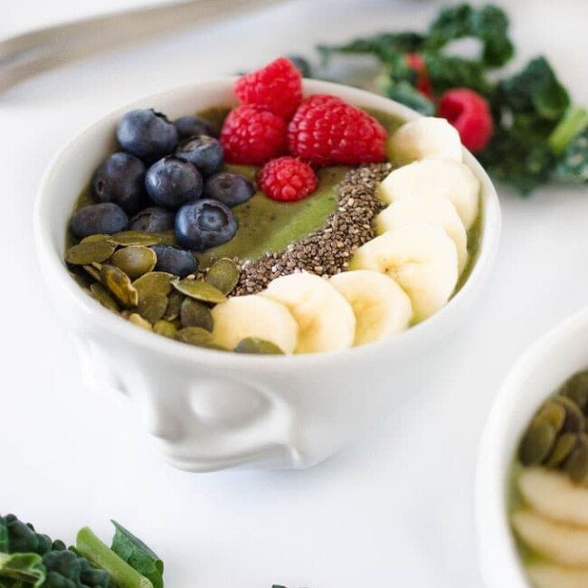 Two Toned Kale Smoothie Bowl