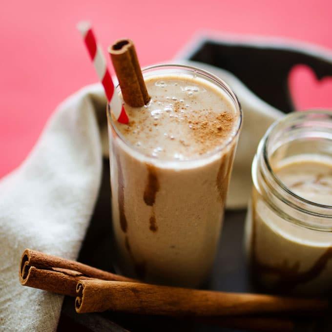 cinnamon-roll-smoothie-9-sq-680