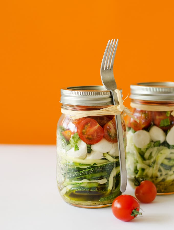 Spiralized Zucchini Caprese Salad in a Jar