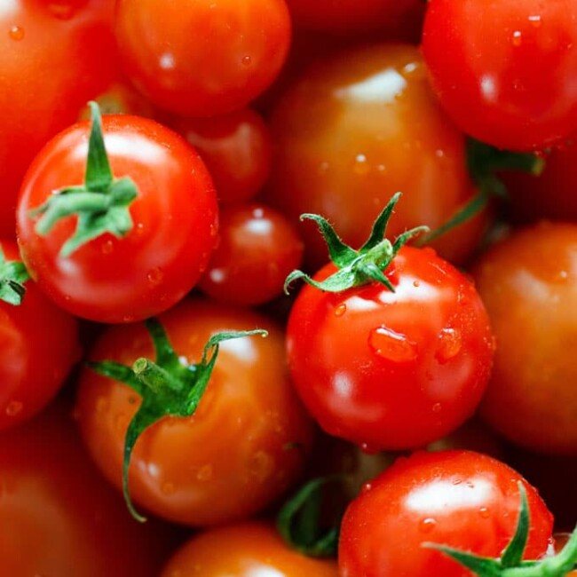 Everything you need to know about the many types of tomatoes! From heirlooms to hybrids, we're covering the cooking with tomatoes basics.