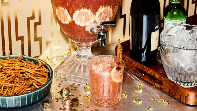 Holiday punch - Our spotlight ingredient is cloves, so here are 7 tasty clove recipe ideas (both sweet and savory) to start you off.