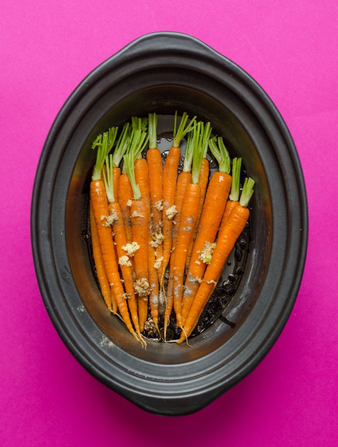 Slow Cooker Carrots with Garlic and Balsamic