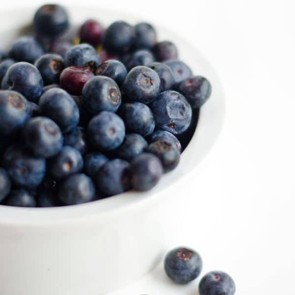 Everything you need to know about summer's favorite fruit...blueberries! Variations, seasonality, nutrition, and storage tips this way.