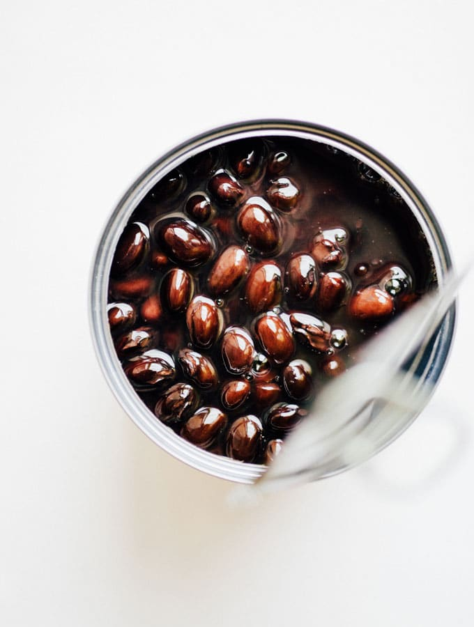 7 black bean recipes to make when you have a can of beans and don't know what to do with them!