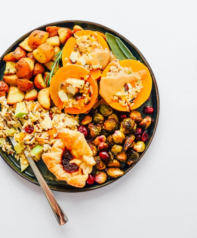 Your ENTIRE Vegetarian Thanksgiving Dinner On A Sheet Pan