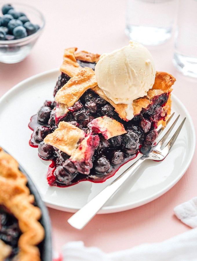 Easy Blueberry Pie
