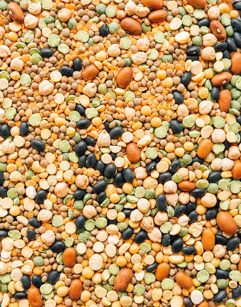 Mix of different types of dried legumes